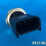 Cảm biến áp suất nhớt động cơ PC400-7EO -