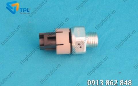 Cảm biến áp suất nhớt động cơ máy xúc SK200-8 - tinphuloi.vn